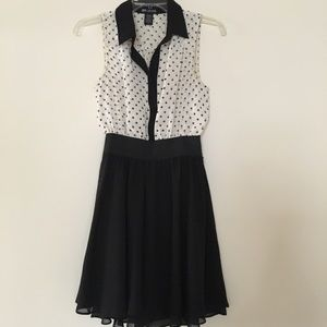 Chiffon dress with polka dots